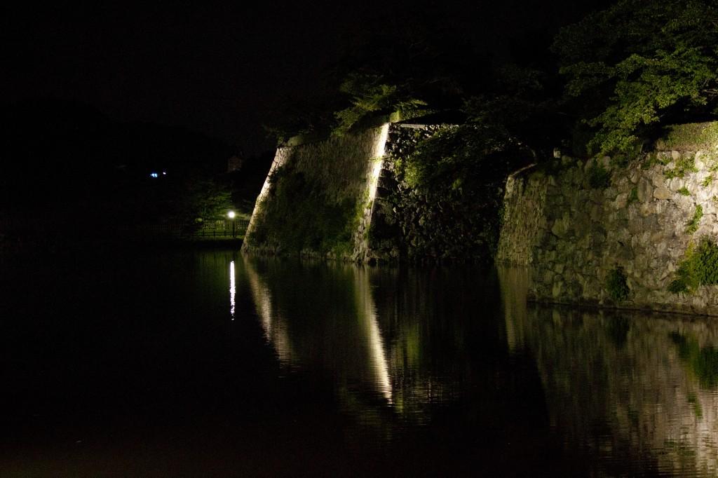 03_桜門橋から内堀西側
