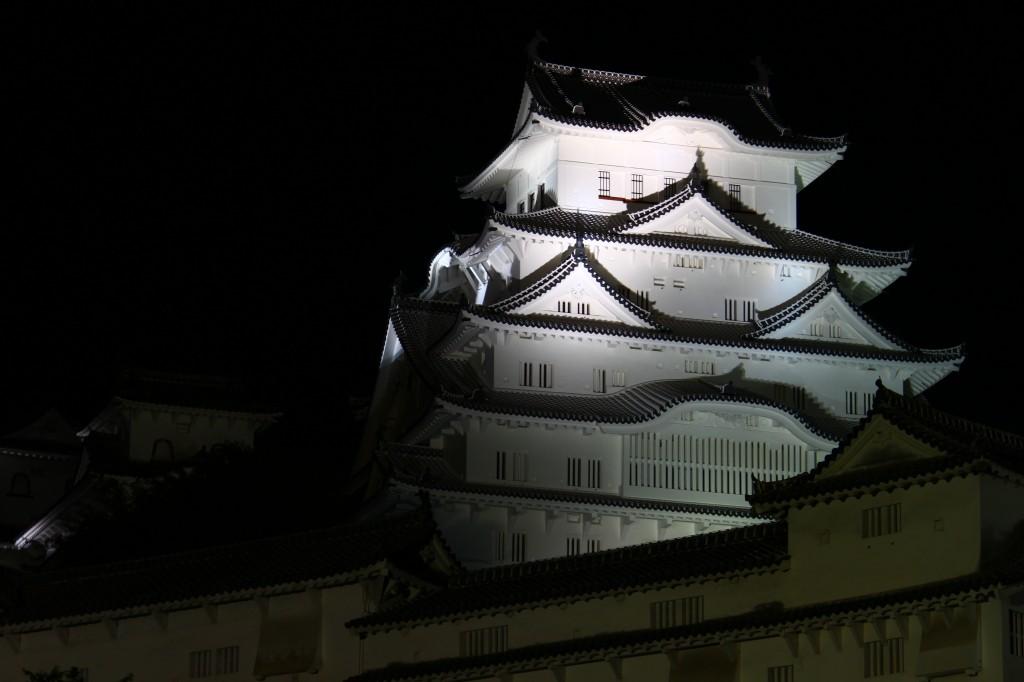 07_姫路城・斜景1