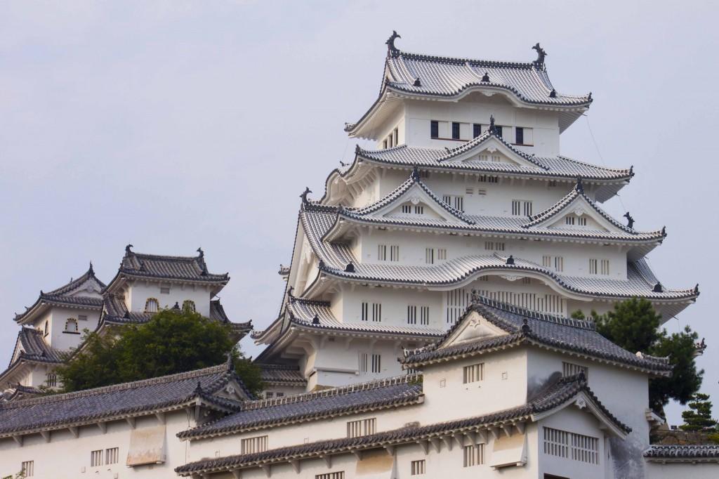 10_姫路城・斜景1
