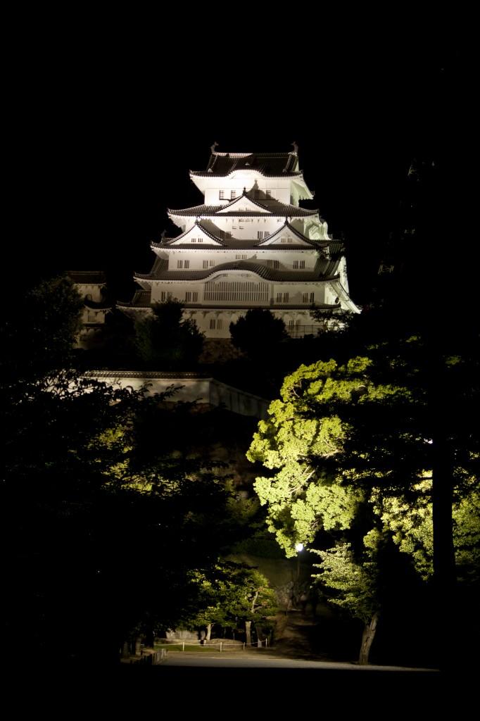 12_姫路城東側と三の丸通り