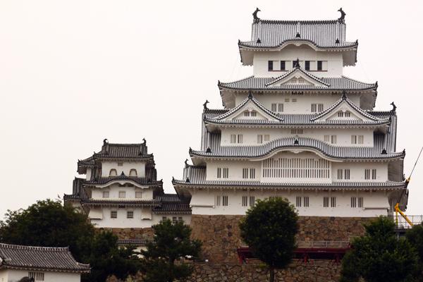 01_白すぎる姫路城と噂されている