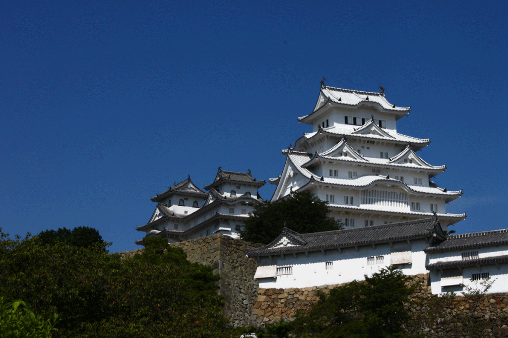 03_03.姫路城斜景・菱の門1
