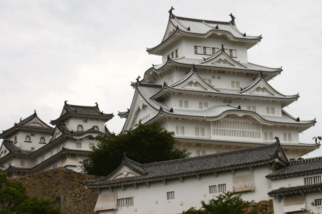 08_08.姫路城・斜景2