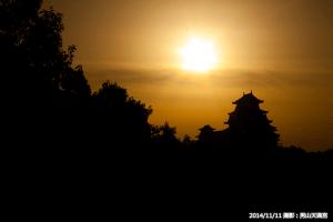 09_朝日と姫路城